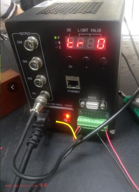 爆闪与频闪控制器的接线方法