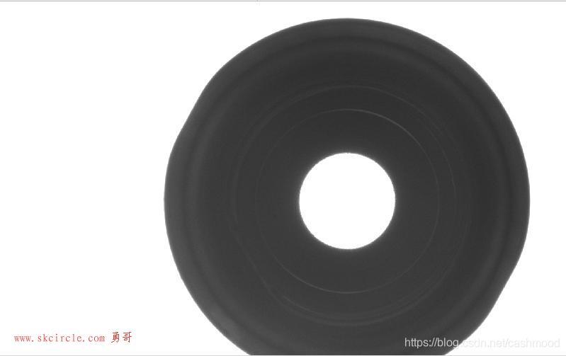 halcon测量圆同心度